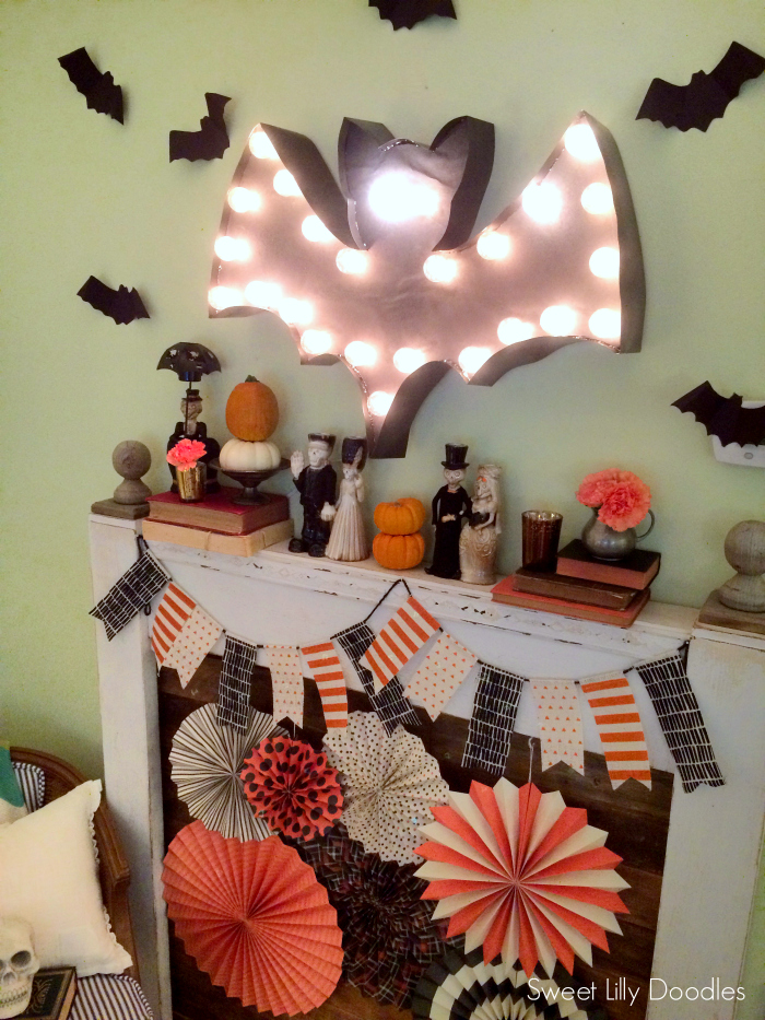 DIY Halloween Bat Marquee