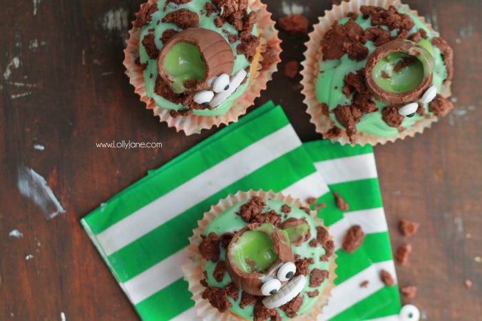 Halloween Cadbury Screme Eggs Zombie Cupcakes